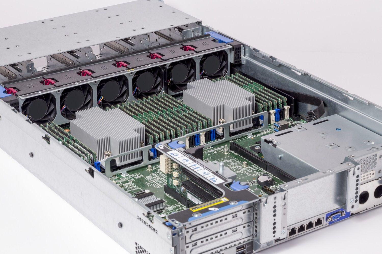 Crucial RAM-Module in einem Server
