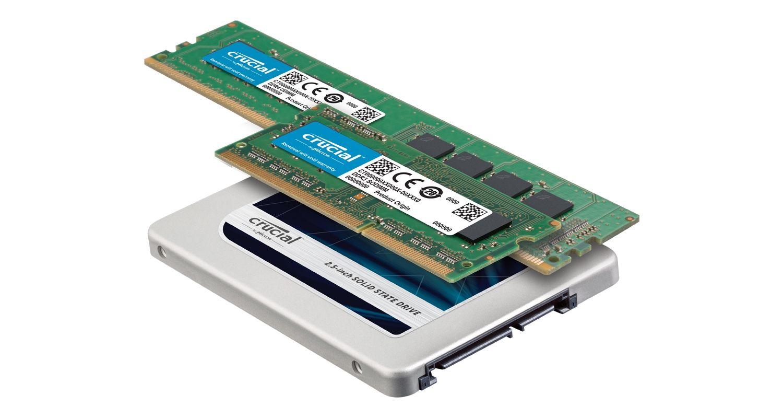 Eine Crucial SSD und RAM-Module